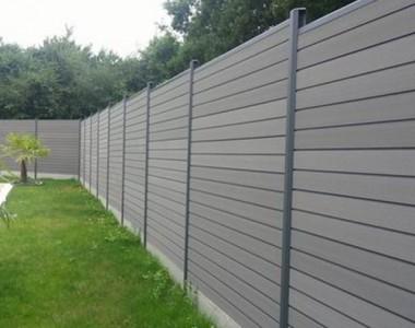 Installer une clôture de jardin, mais quel modèle choisir ?