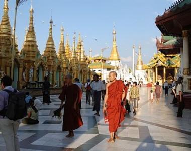Séjour en Birmanie : Voyager et rencontrer les moines