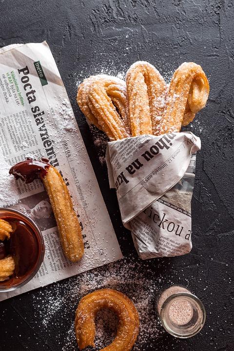 Churros au chocolat: spécialité culinaire espagnole