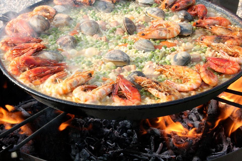 Paella: spécialité culinaire espagnole