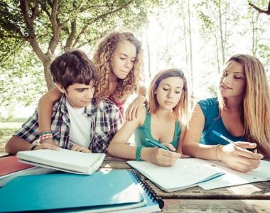 Colonie de soutien scolaire, l'idéal pour réviser tout en s'amusant