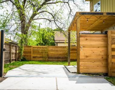 Pourquoi fabriquer un portail de jardin en bois ?