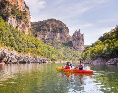 Faire du canoë-kayak en Ardèche